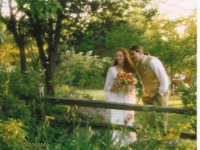 evergreen-studios-couple-by-garden